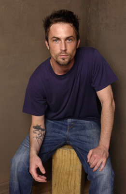 Desmond Harrington 182264