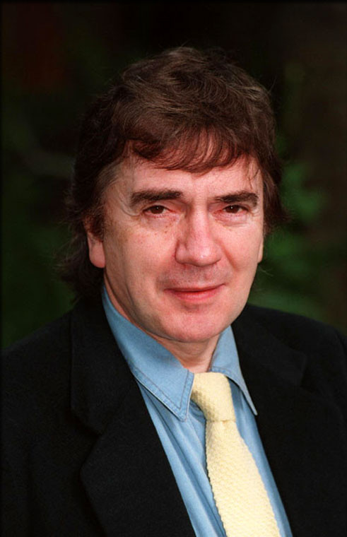 http://image.xyface.com/image/d/artist-dudley-moore/dudley-moore-380233.jpg