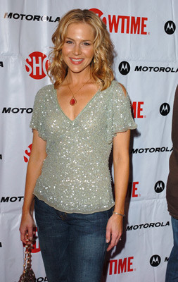 Julie Benz 157625