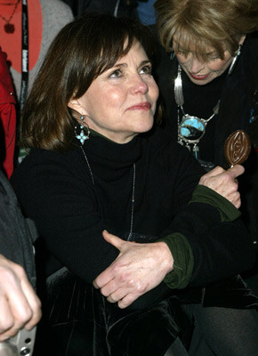 Sally Field 110247