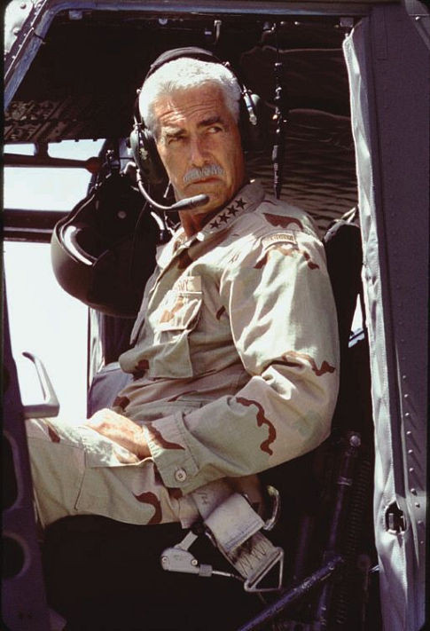 Sam Elliott 100344