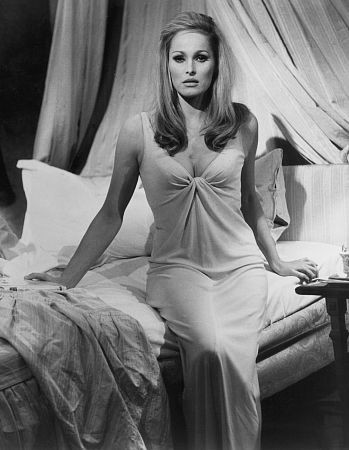 Ursula Andress 94884